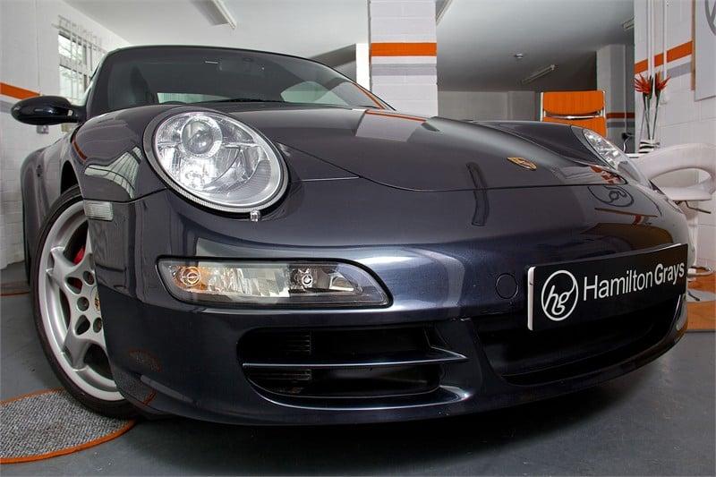 2005-55-porsche-997-carrera-4s-coupe-manua
