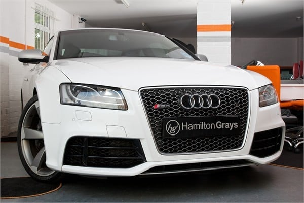 2010-60-audi-rs5-coupe