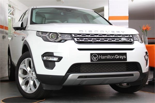 2015-15-land-rover-discovery-sport-hse
