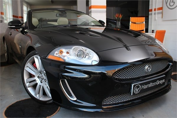 2010-10-jaguar-xkr-cabriolet