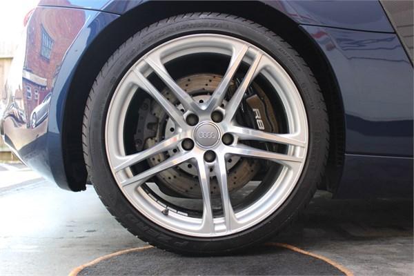 2008 58 AUDI R8 V8 COUPE 9